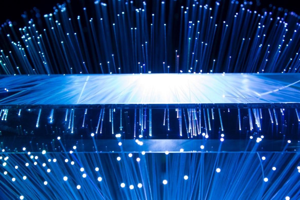 Estado del arte de nuevos materiales para guías de luz