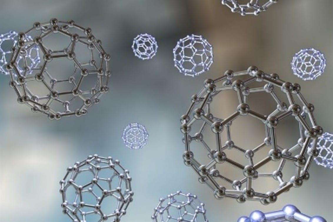 Improvement of refrigerants with nanomaterials